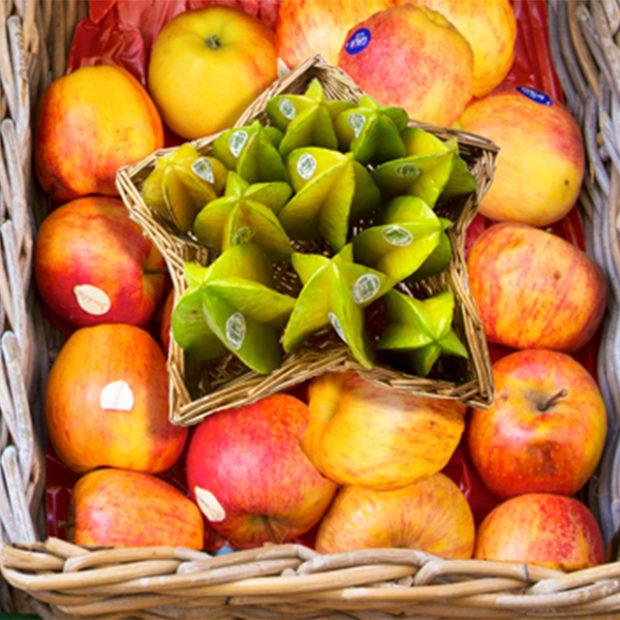 Merchandising starfruit